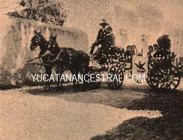 Carro alegórico de las Sritas. Carrillo y Ramón Carnaval de Mérida 1897