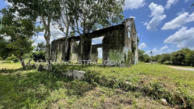 Antigua estación de ferrocarril de la hacienda Texán de Palomeque