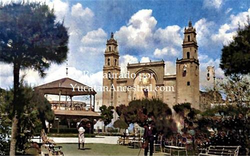 Plaza Grande, Kiosco y Catedral Mérida Yucatán